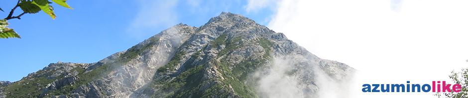 2013/8/27【見上げた甲斐駒ヶ岳】前泊の北沢峠から登ること5時間あまり、途中見上げた山肌に身震いしました。