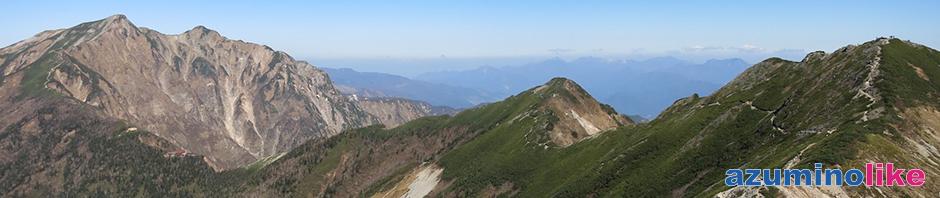 2016/10/15【爺ヶ岳から望む鹿島槍ヶ岳】左に鹿島槍ヶ岳、右隅が爺ヶ岳中峰、そしてその左横に妙高山も見えます。